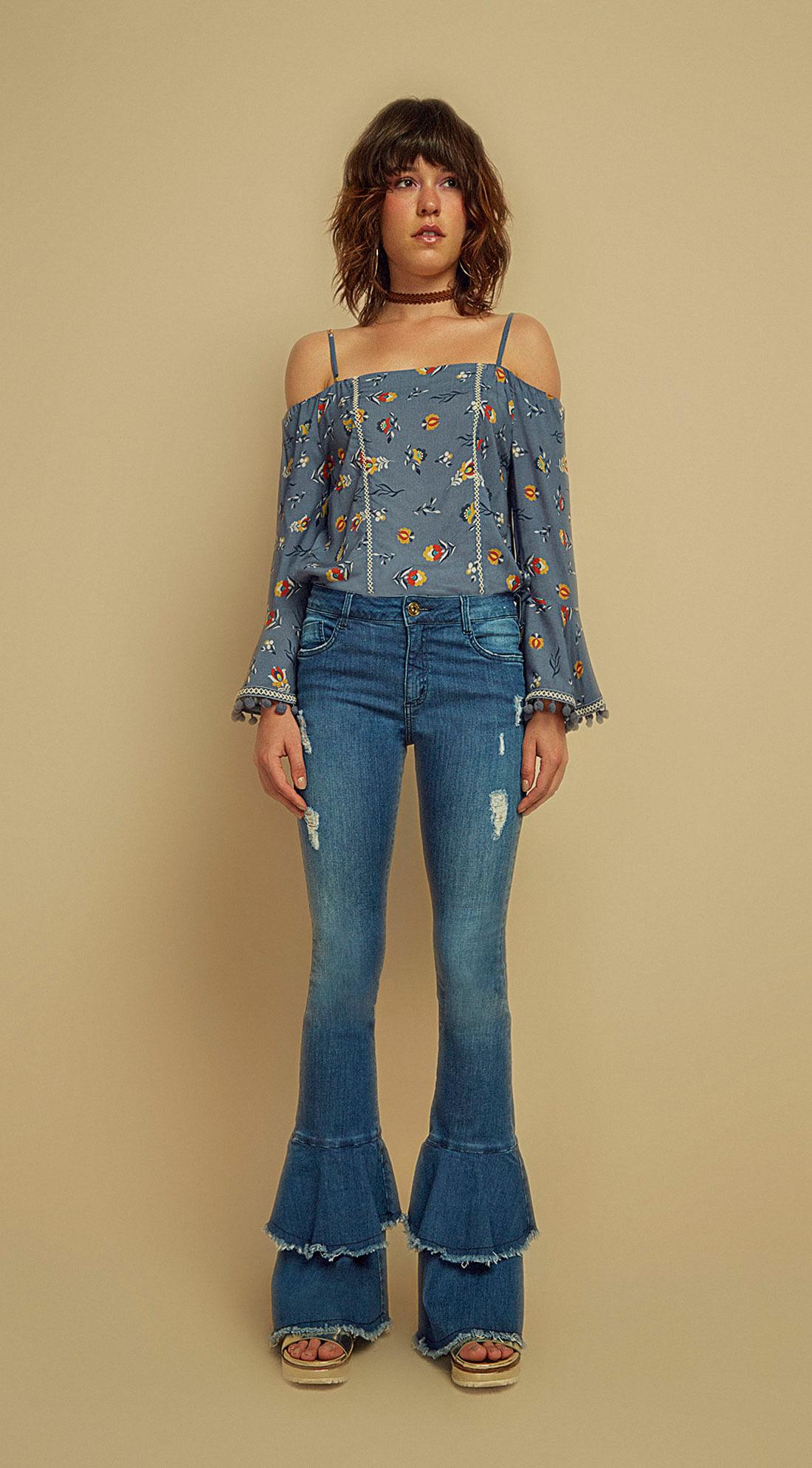 cbae130f5 Calca Jeans Flare Com Babado Jeans - Zinco
