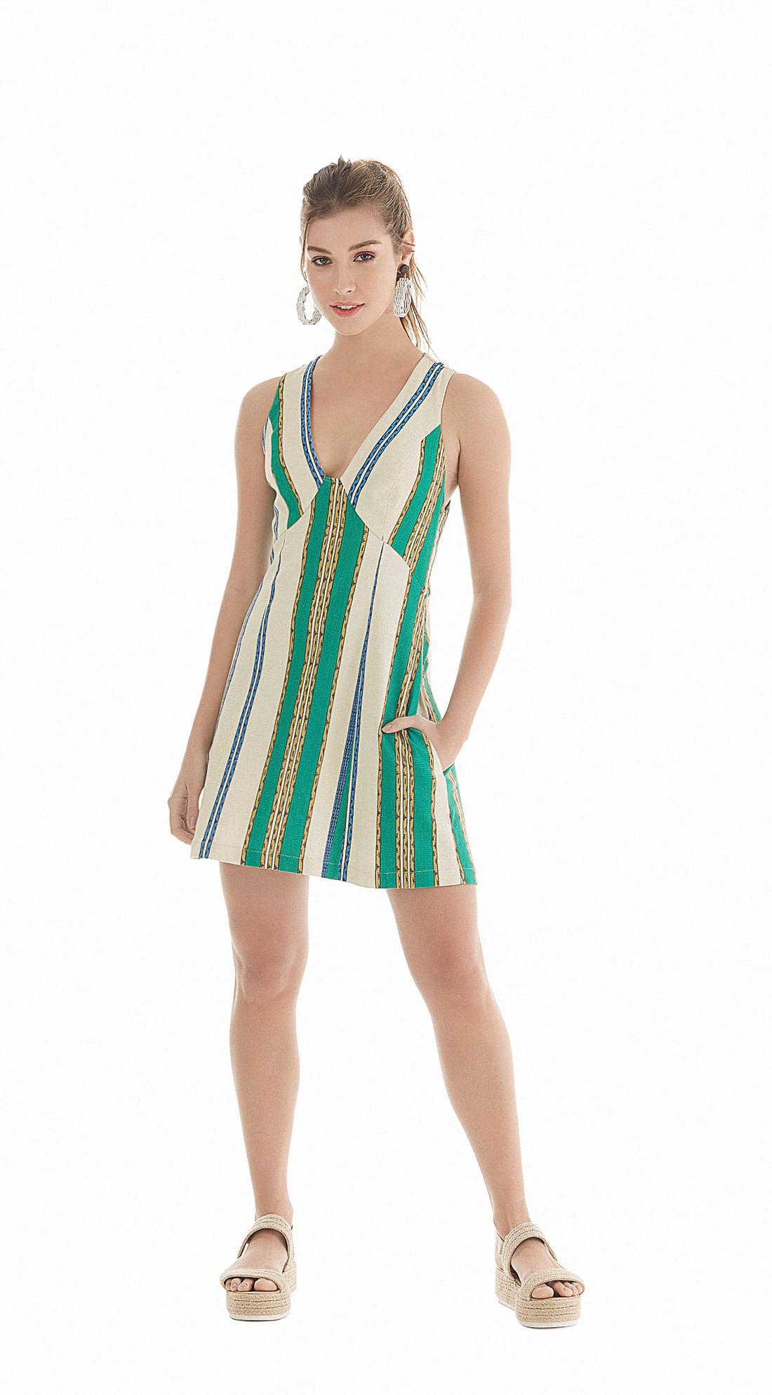 69f6f14e9dee Vestido Curto Decote V Basico Verde - Zinco